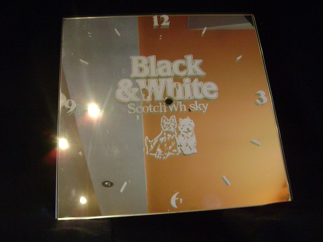 Ogledalo_reklama_Black__White_whisky_1.JPG