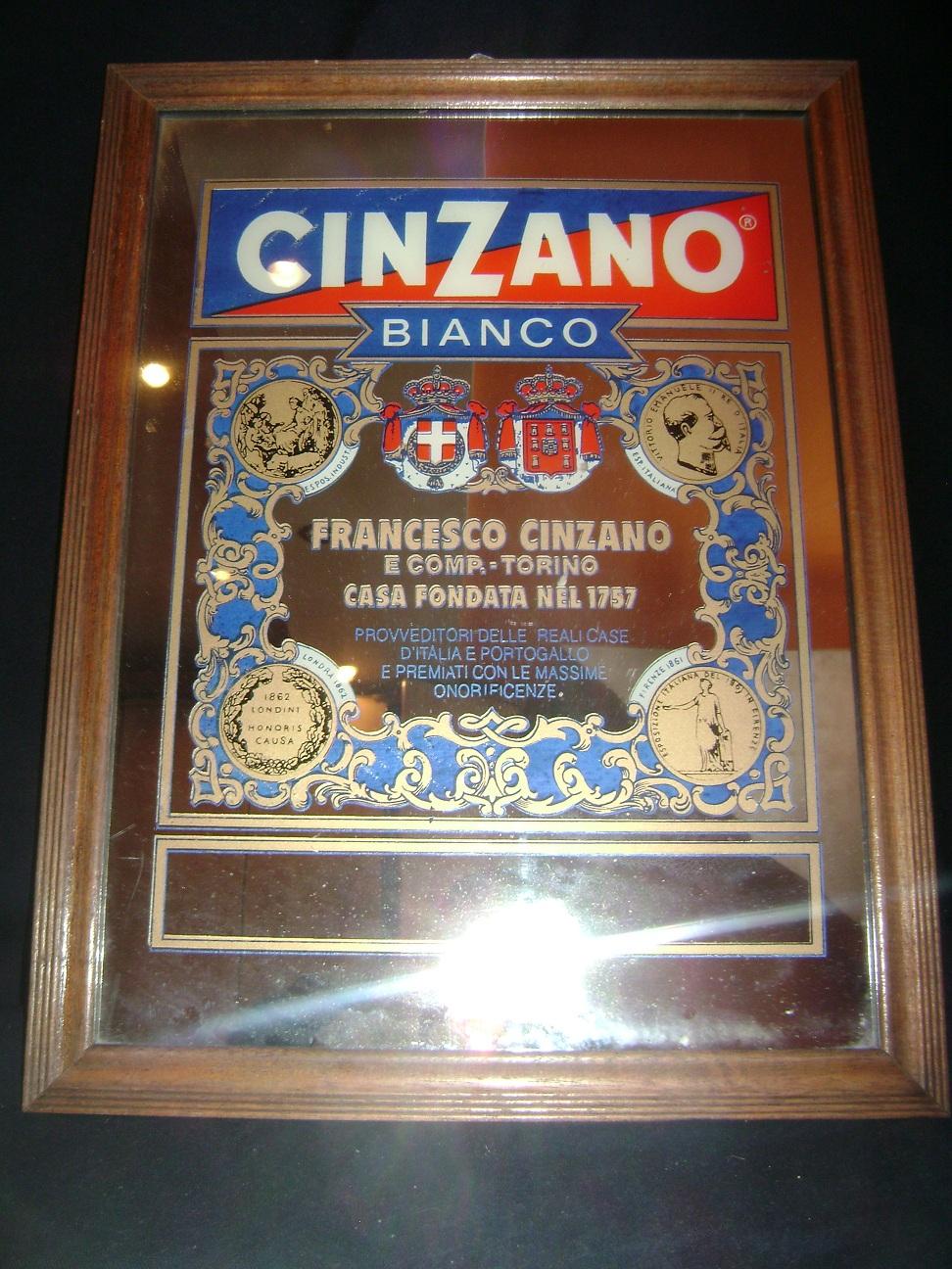 Ogledalo_reklama_CinZano_Vermouth_1.JPG
