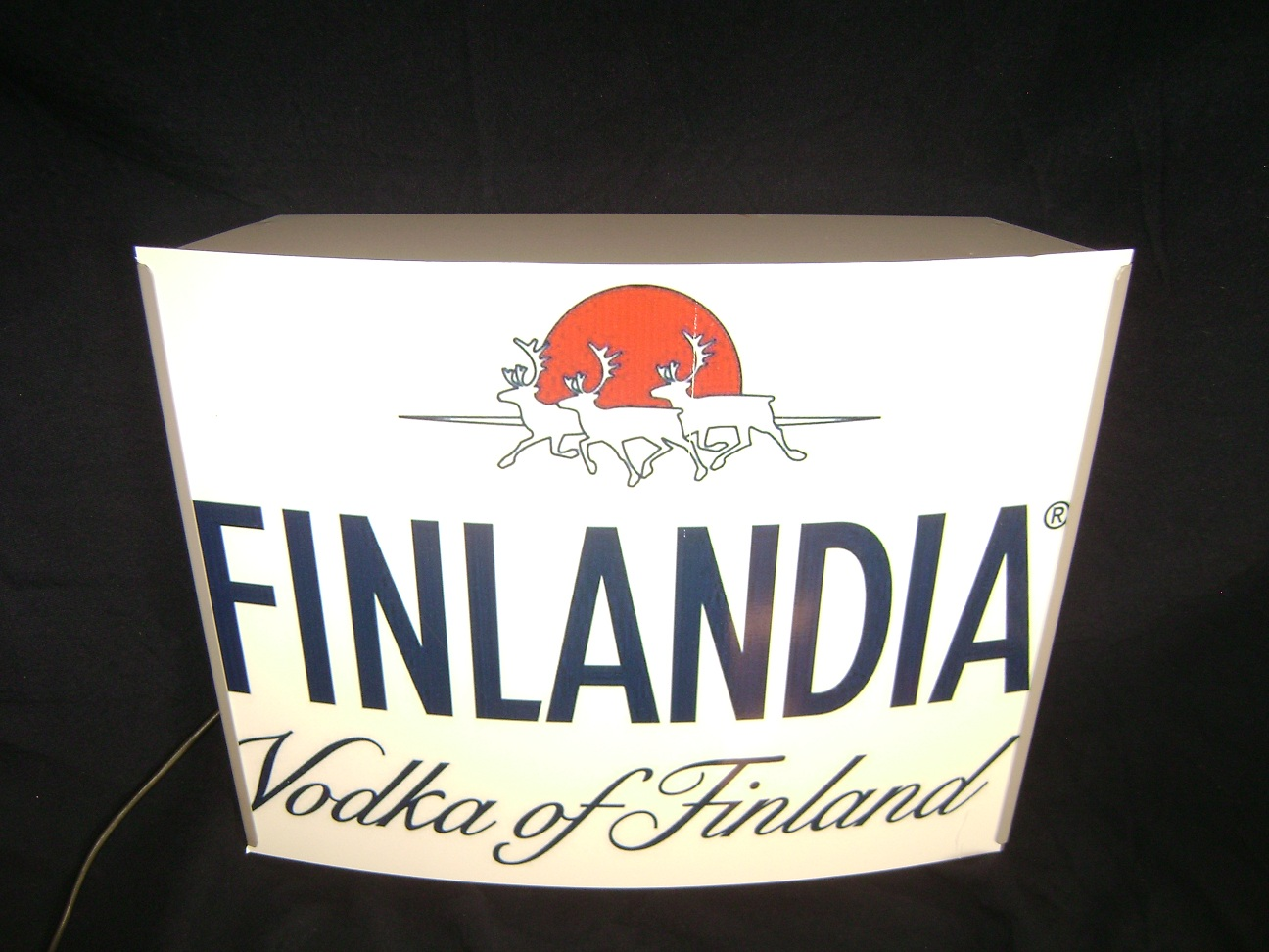 Reklama_svetleca_Finlandia_vodka_1.jpg