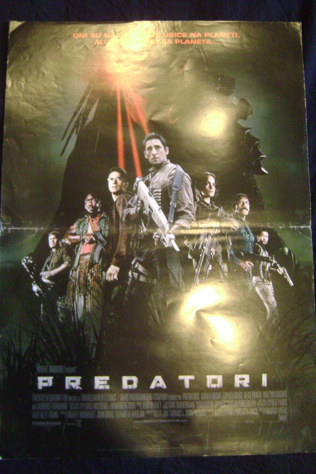 Filmski_poster_PREDATORI_1.JPG