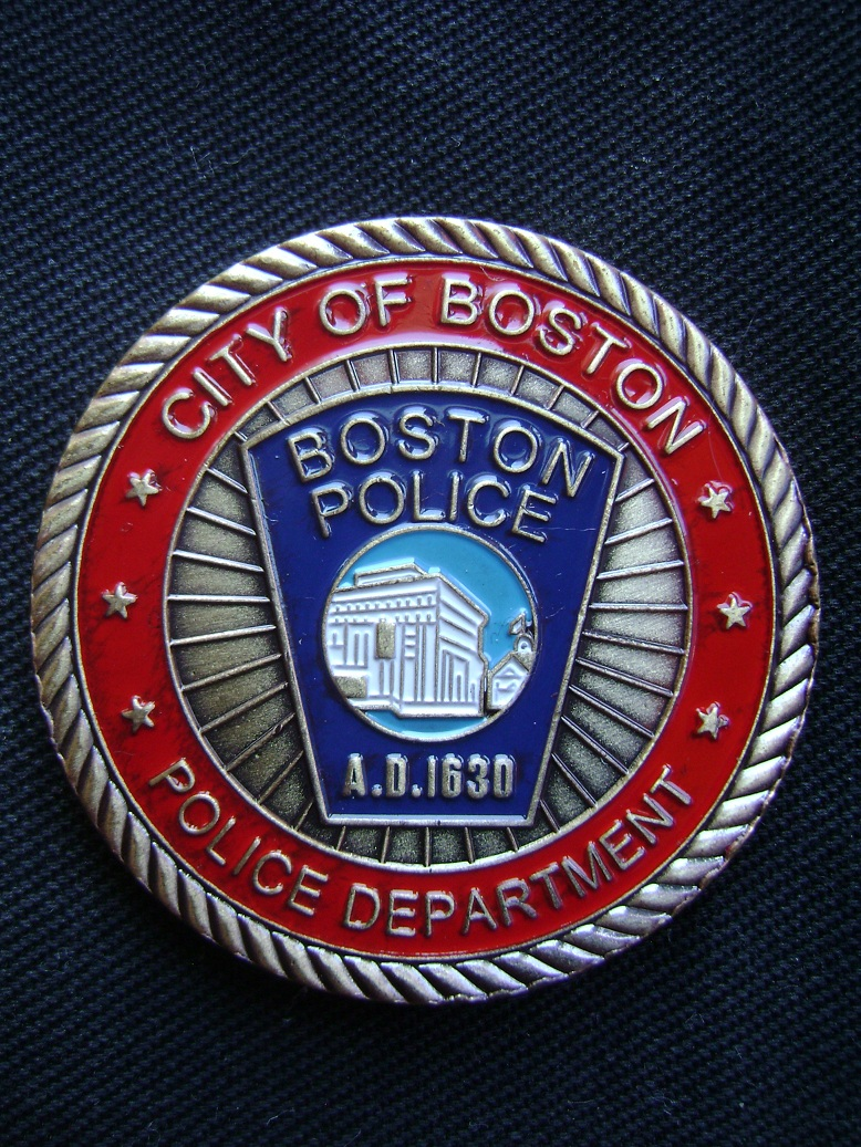 Coin_Boston_Police_1.JPG