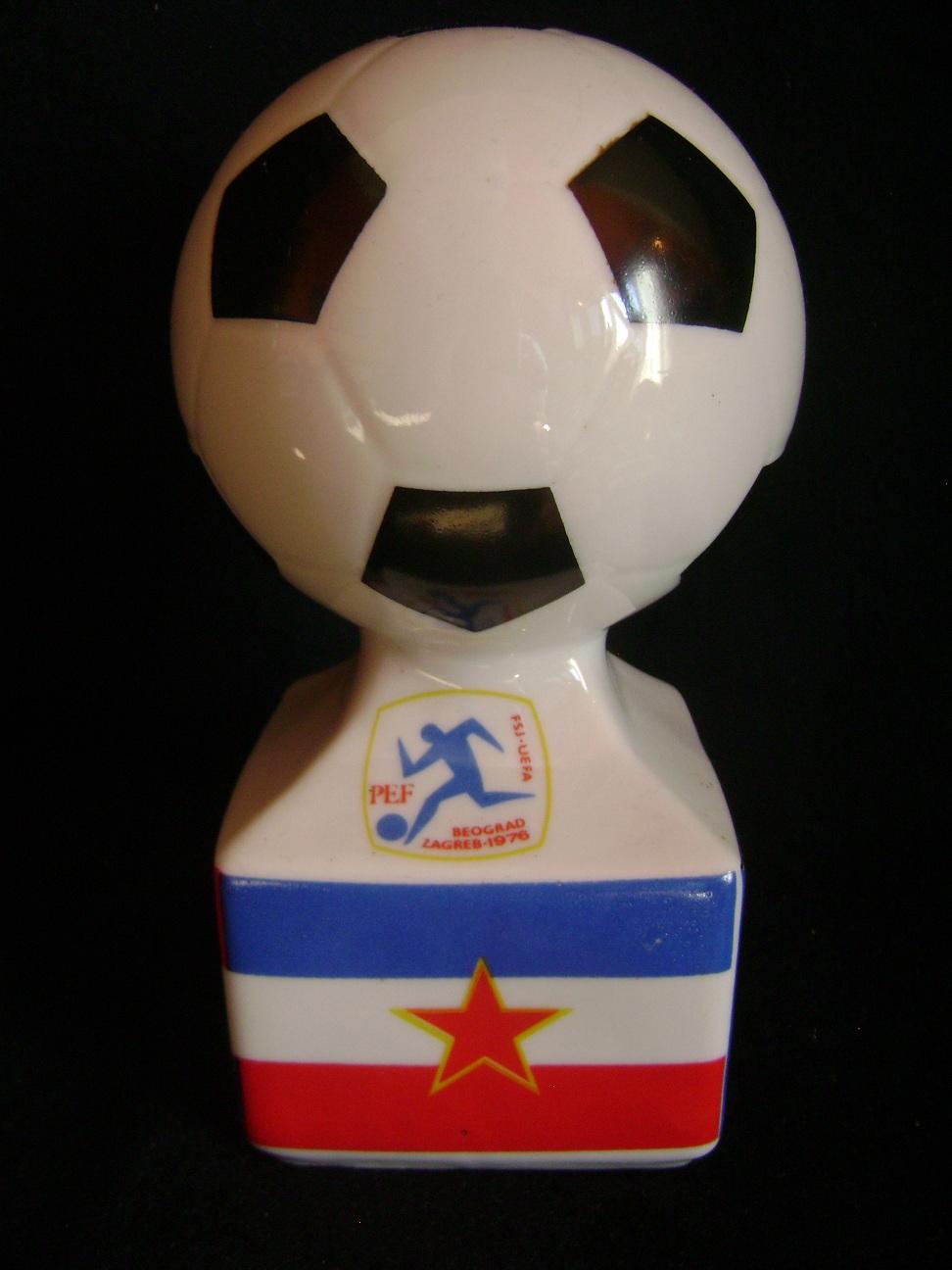 Trofej_Prvenstvo_Evrope_u_fudbalu_1976__1.JPG