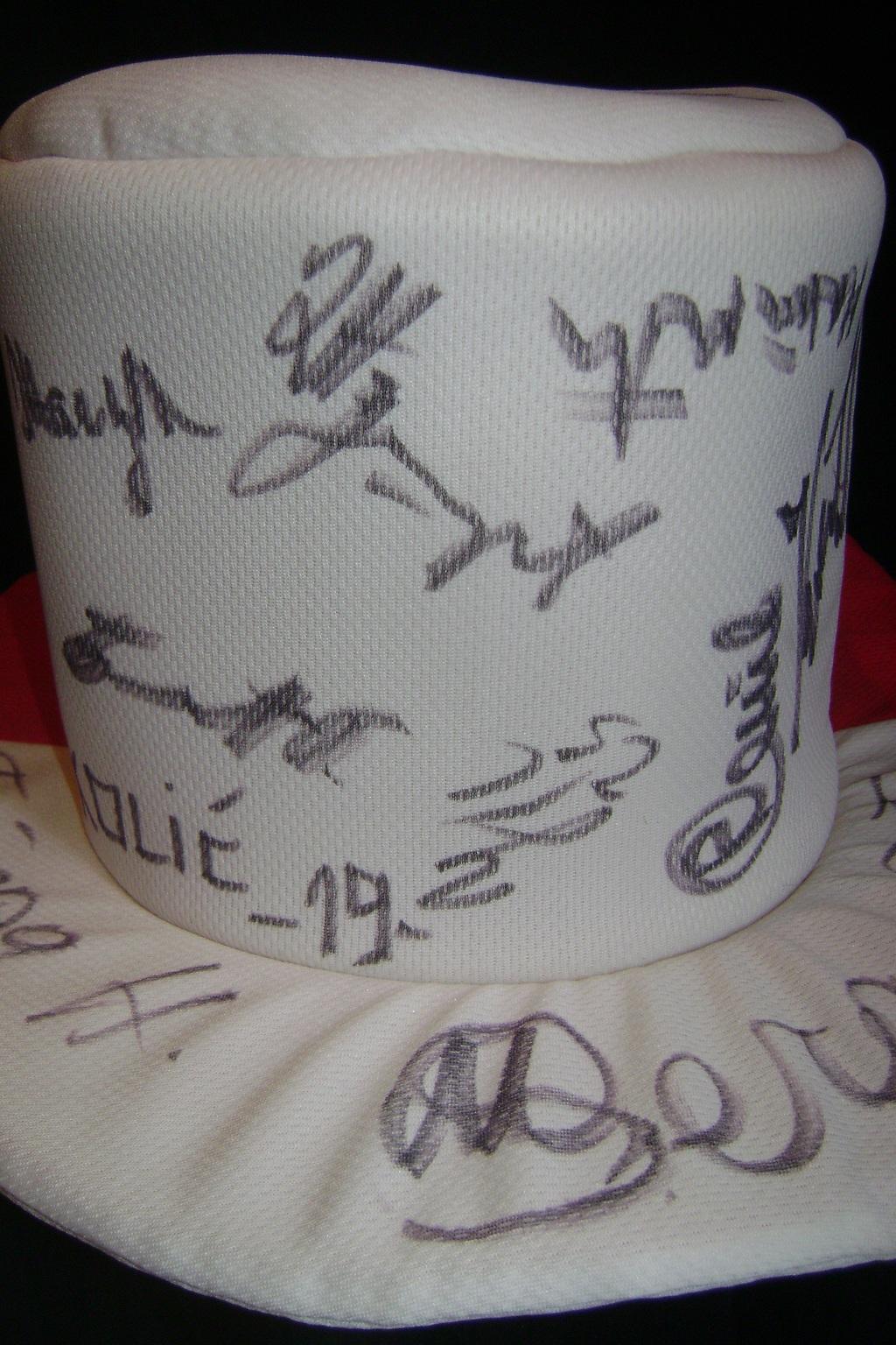 Autogram_Vojvodina_igraci_2013__4.JPG