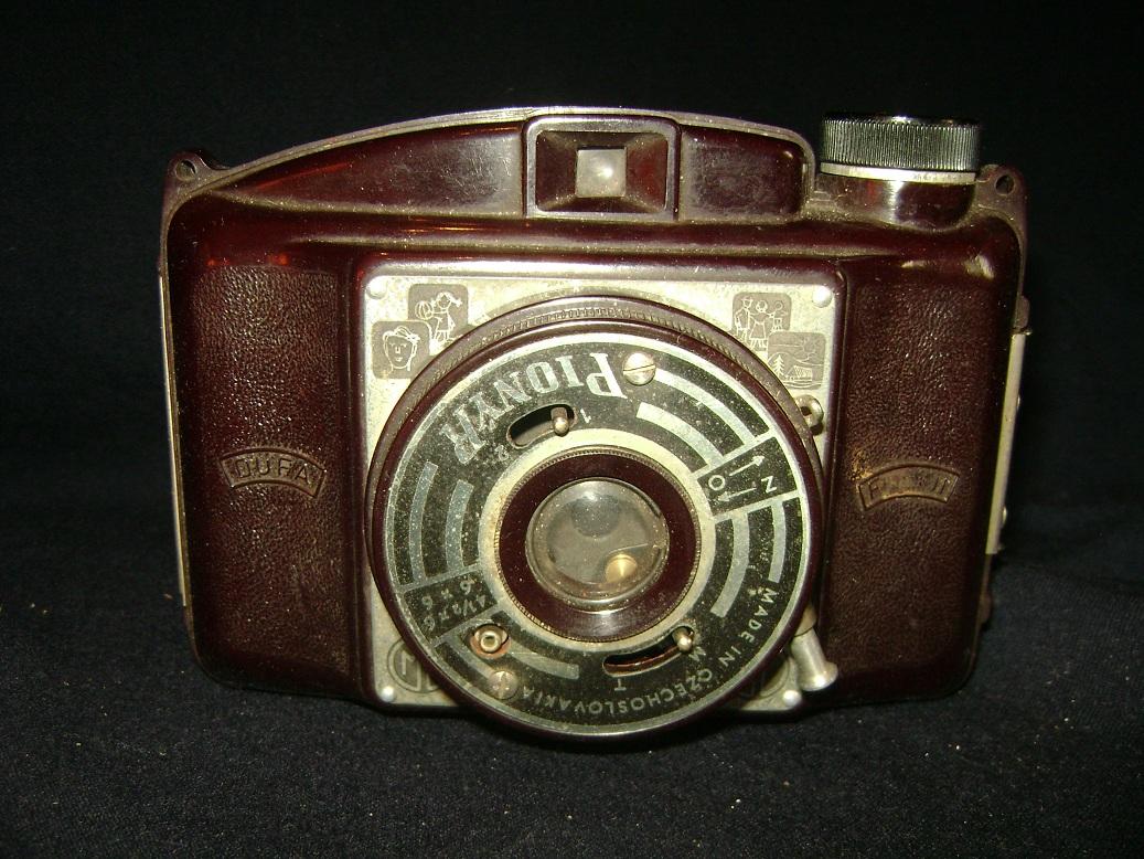 Pionyr_Dufa_fotoaparat_1950_1.JPG
