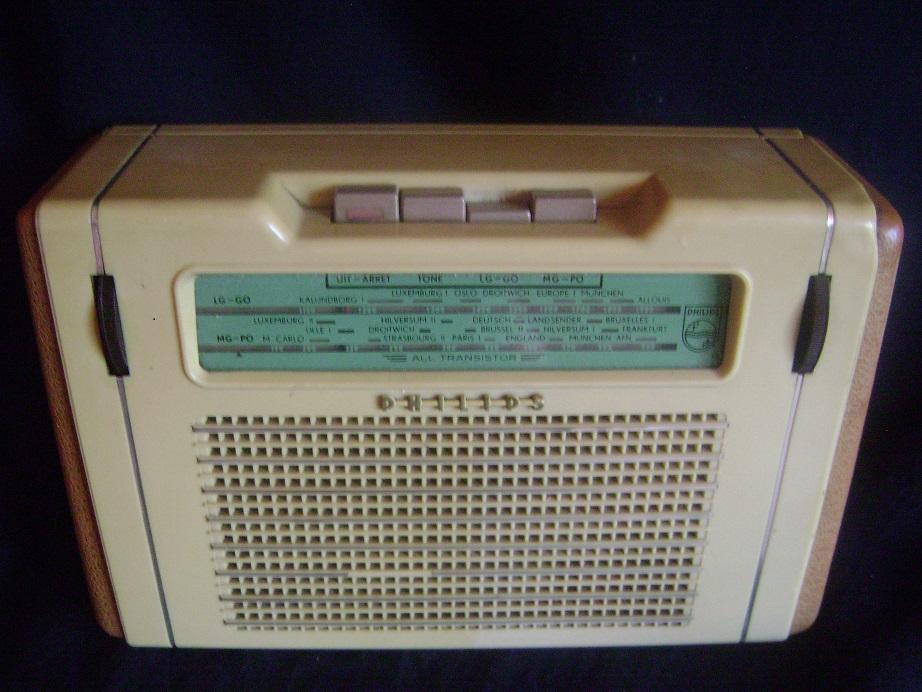 Tranzistor_Philips_1.JPG