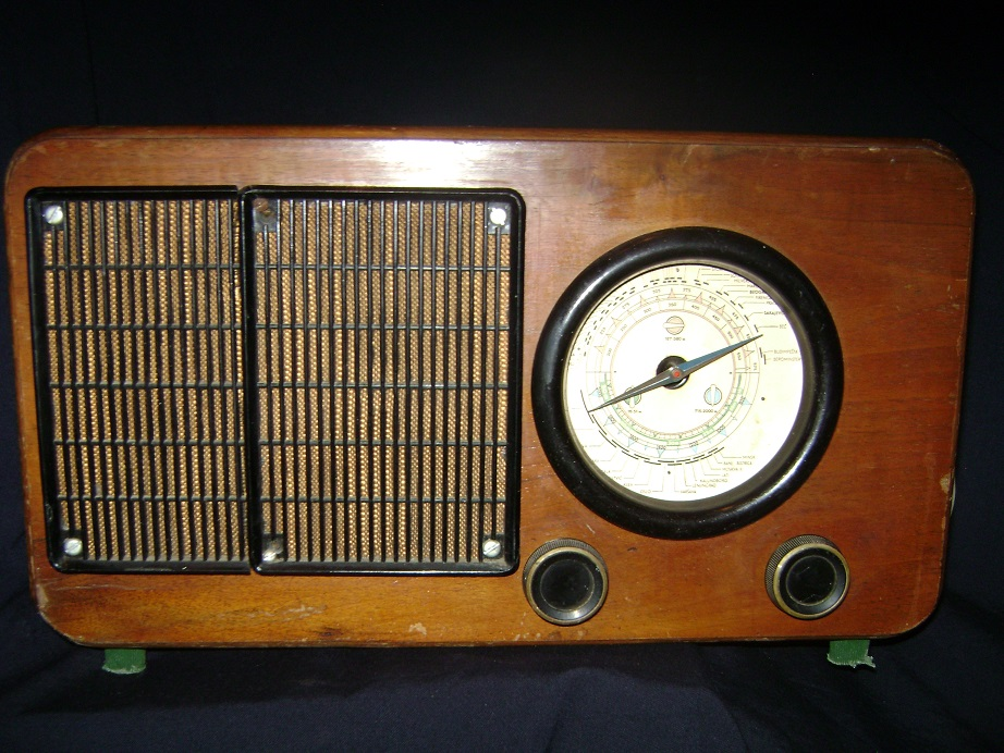 Kosmaj_49_stari_radio__1.JPG
