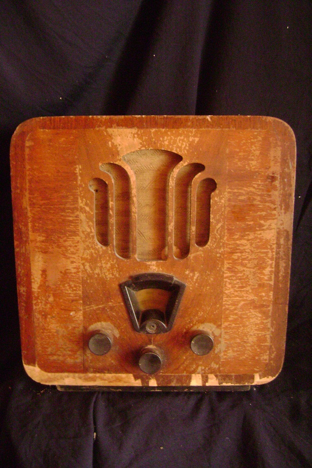 STARI_RADIO_PHILIPS_1934_1.JPG