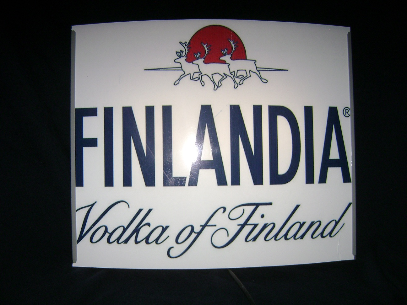 Reklama_svetleca_Finlandia_vodka_2.jpg