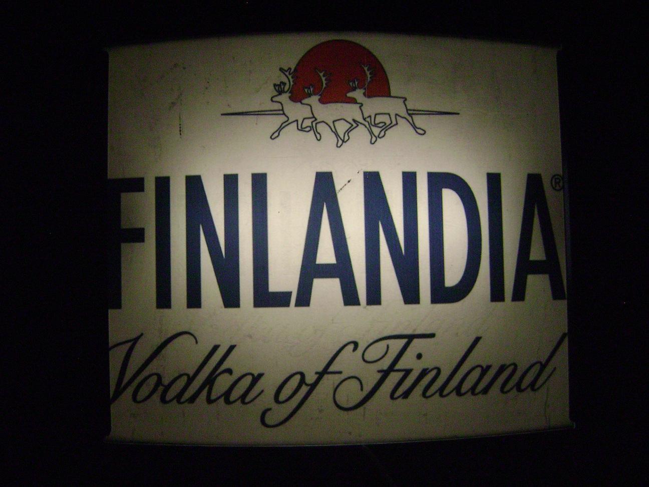 Reklama_svetleca_Finlandia_vodka_3.jpg