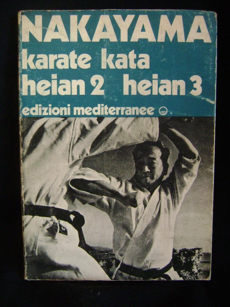 KARATE_KATA_HEIAN_2_HEIAN_3_Masatoshi_Nakayama.JPG