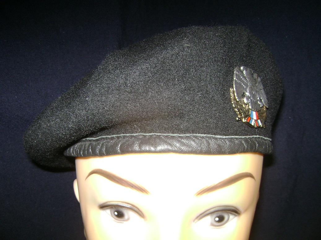 Beretka_Vojna_policija_1997_1.JPG