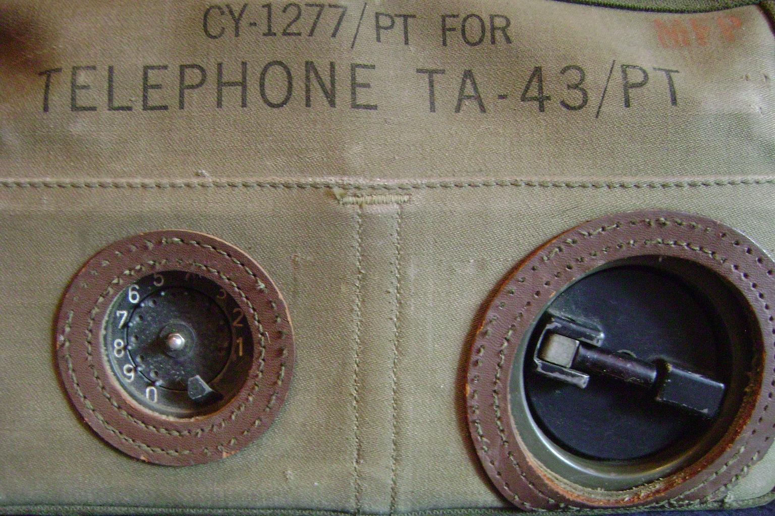 Poljski_telefon_USA_TA-43PT_1950_2.JPG