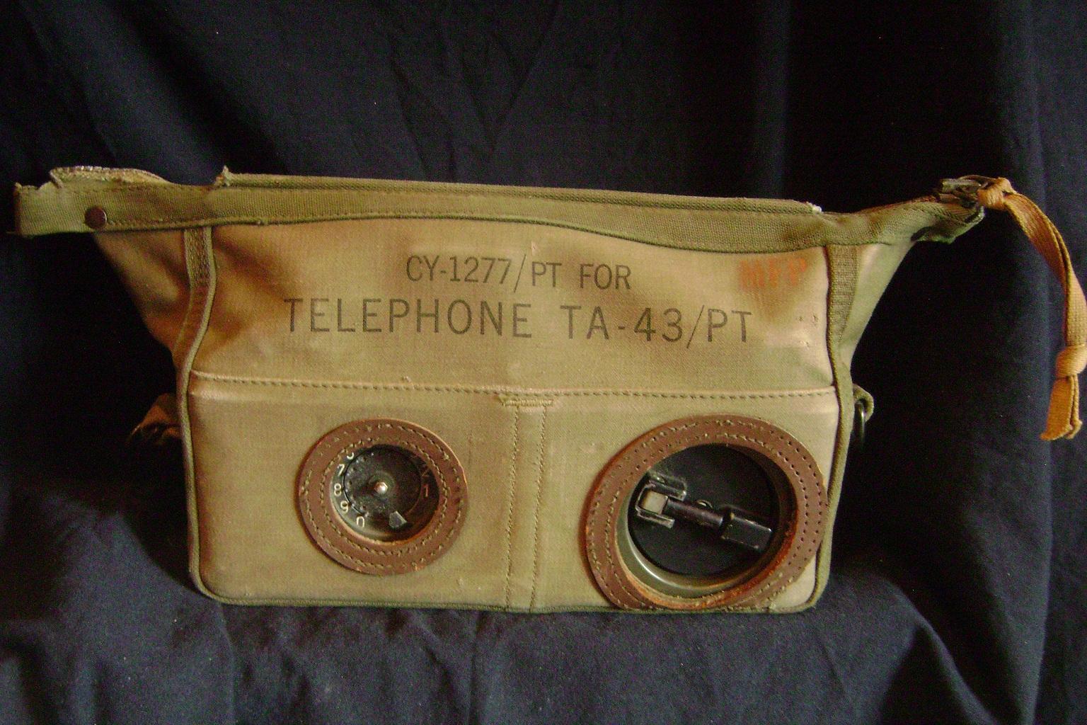 Poljski_telefon_USA_TA-43PT_1950_1.JPG