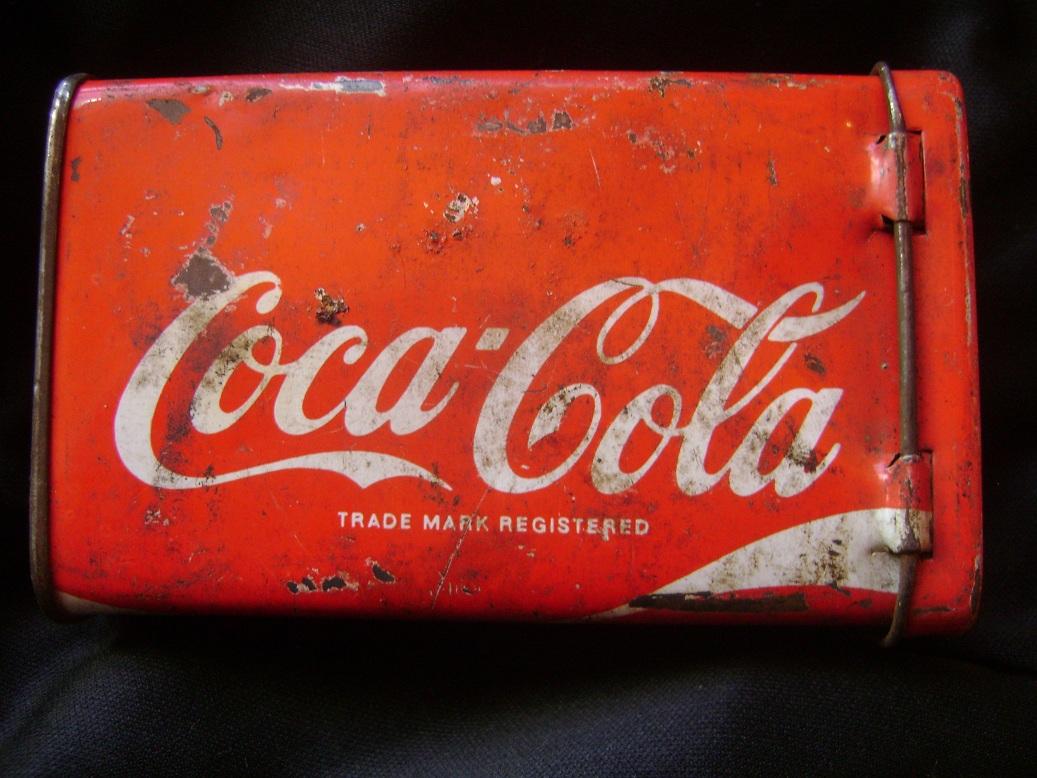 Coca_Cola_limena_kutija_1.JPG