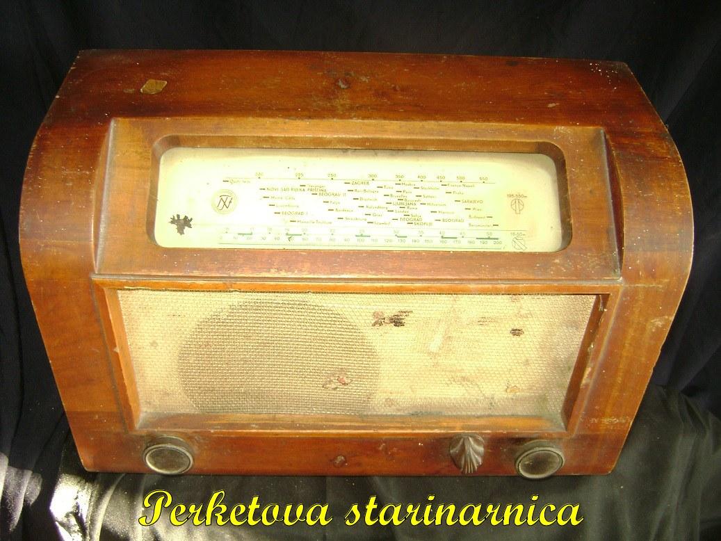 Tesla_51_stari_radio_2.jpg