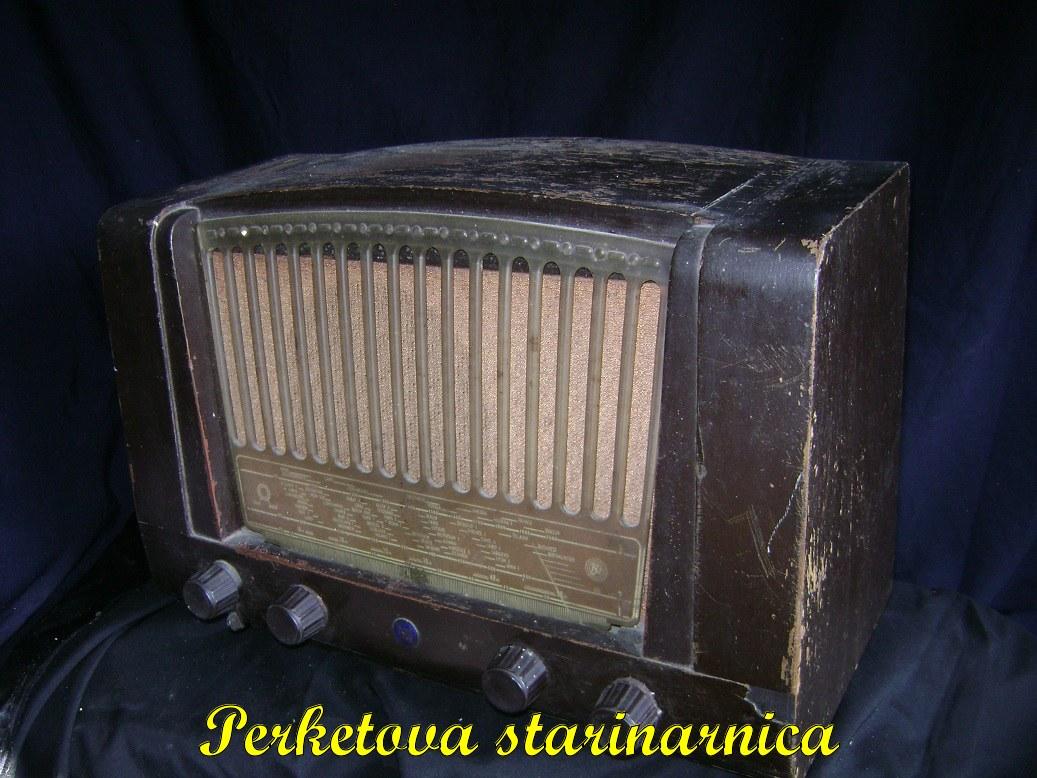 Tesla_53E_stari_radio_3.jpg