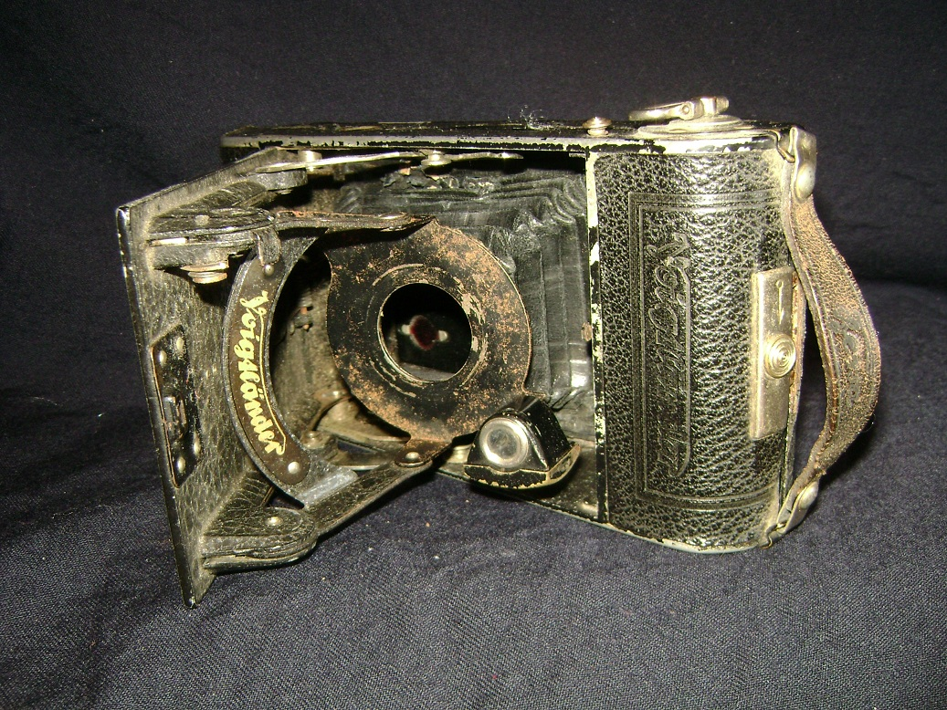 Voigtlander_kamera_2.JPG