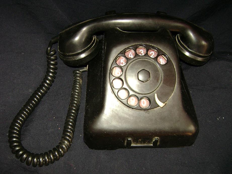 ISKRA_STARI_TELEFON_1.JPG